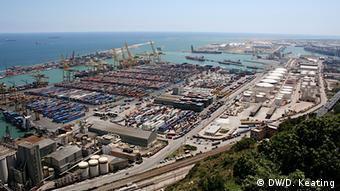 The port of Barcelona (DW/D. Keating)