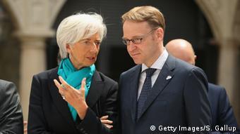 Η Κρ. Λαγκάρντ με τον επικεφαλής της Bundesbank Γ. Βάιντμαν στη Δρέσδη