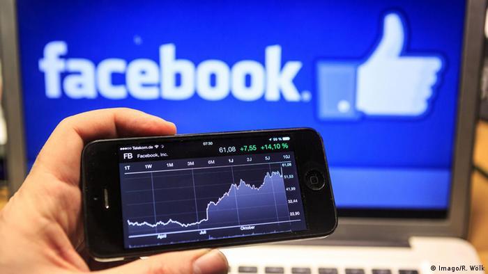 Facebook Logo Markenwert Symbolbild