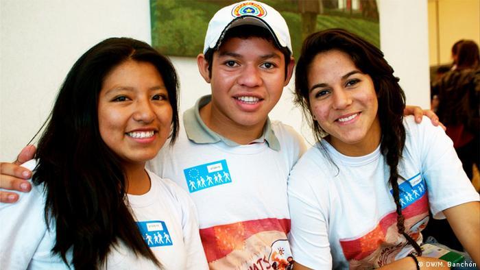 Lourdes Juana Cruz, Juan Pablino y Betzandra González del Movimiento Latinoamericano de Niños, niñas y adolescentes Trabajadores