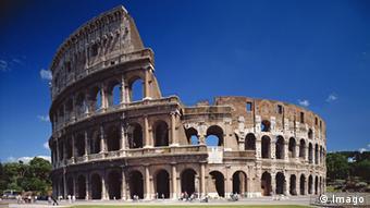 Η ημιτελής όψη του Κολοσσαίου οφείλεται σε έναν ισχυρό σεισμό του 6ου αιώνα