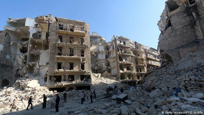 Häuserruinen nach Bombardement in Aleppo Syrien