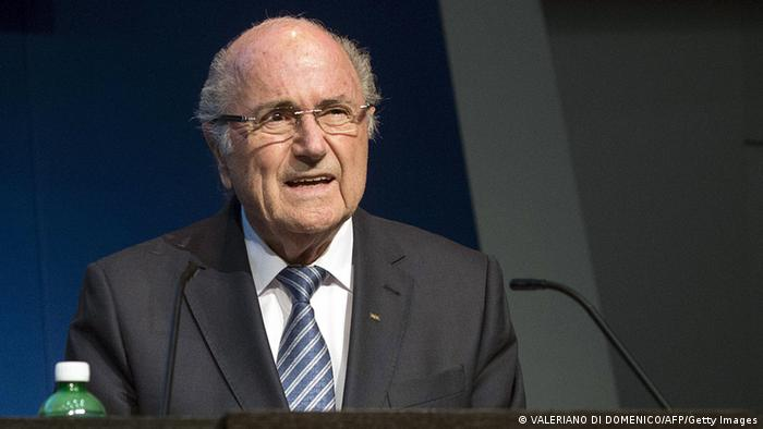 Blatter announcing his resignation