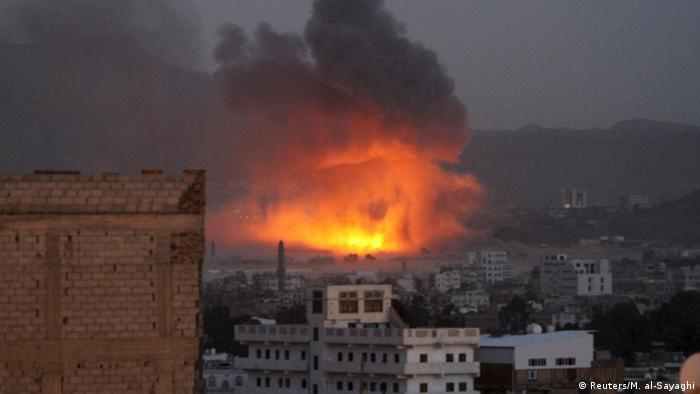 Jemen Luftangriff auf Sanaa (Reuters/M. al-Sayaghi)