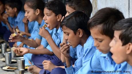 ভারতের মিড ডে মিল ব্যবস্থাপনা