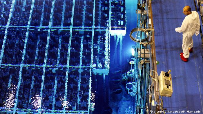 Deutschland Kernkraftwerk Brennelementesteuer Symbolbild (picture-alliance/dpa/M. Gambarini)