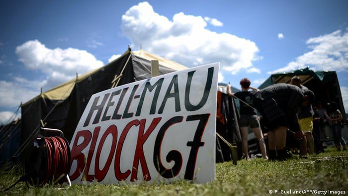 Además de la manifestación en las calles de Múnich, hay un campamento protestas en la localidad de Garmisch-Partenkirchen.