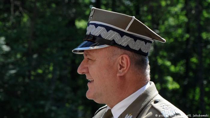 Gen. dyw. Bogusław Pacek w mundurze