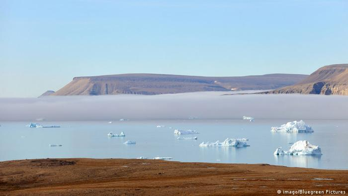 Treibende Eisblöcke vor der kanadischen Küste (imago/Bluegreen Pictures)