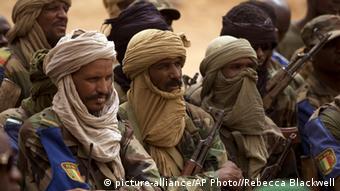 Combattants touareg dans la ville de Kidal