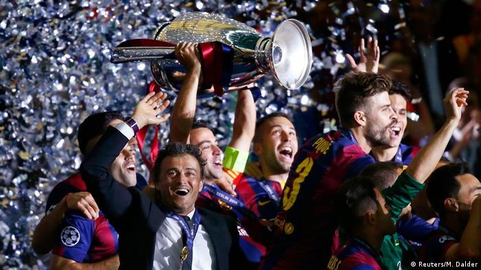 Тренер Барселони Луїс Енріке (на передньому плані) святкує перемогу