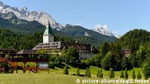 07.06.2015. Schloss Elmau in der Nähe von Garmisch-Partenkirchen (Bayern), aufgenommen am 07.06.2015. Am 7. und 8. Juni 2015 treffen sich die Staats- und Regierungschefs der G7 in Schloss Elmau in der Nähe von Garmisch-Partenkirchen. Foto: Sven Hoppe/dpa