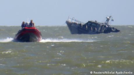 Оборона Азовського моря: ексклюзивний репортаж DW з місця, де немає держкордону (відео)