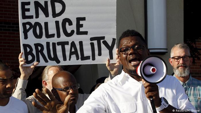 USA Demonstration Polizeigewalt gegen schwarze Jugendliche (Reuters/M. Stone)