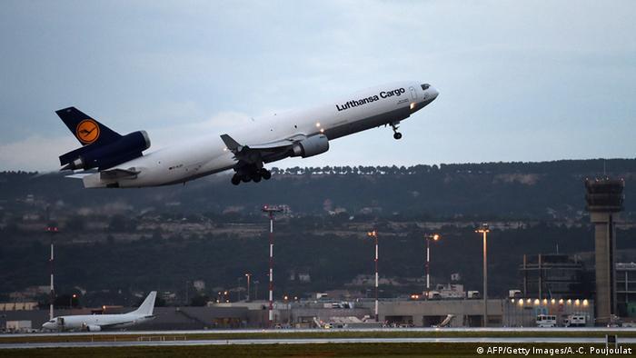 Überführung von Opfern des Germanwings-Absturzes nach Düsseldorf