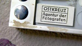 Klingelknopf der Berliner Agentur Ostkreuz.
