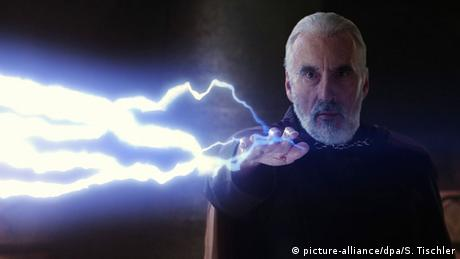 Christopher Lee as Count Dooku (picture-alliance/dpa/S. Tischler)