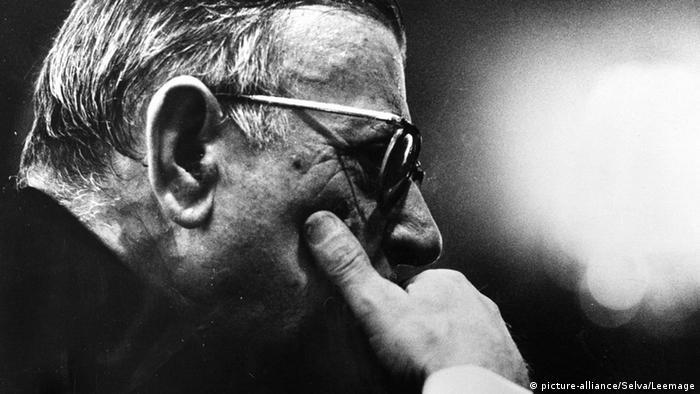 Frankreich Jean-Paul Sartre (picture-alliance/Selva/Leemage)