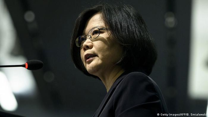 Dr. Tsai Ing-wen