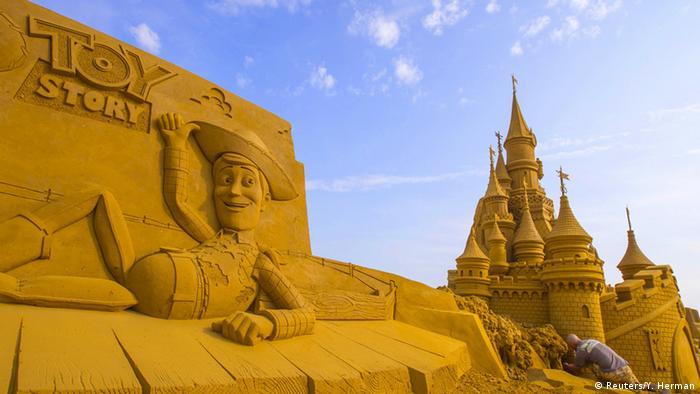 Belgien Sandskulpturenfestival in Ostende