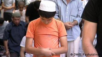 Tadschikistan Gebet in einer Moschee in Duschanbe