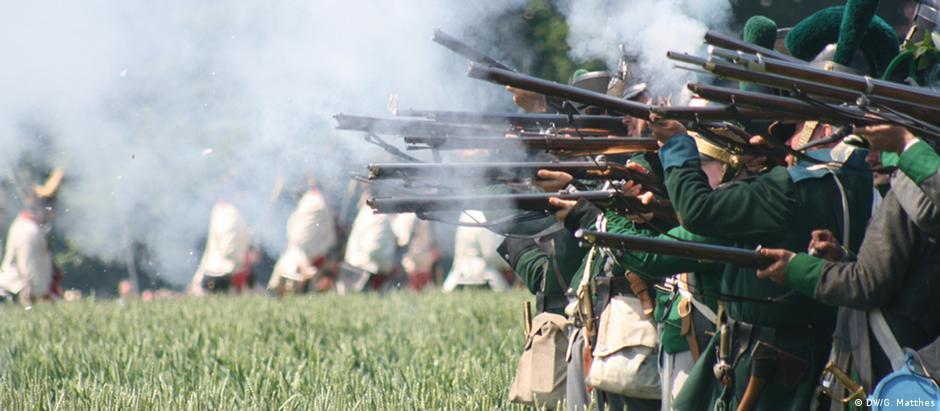 Encenação da Batalha de Waterllo em Ligny, em 2015, durante comemoração dos 200 anos