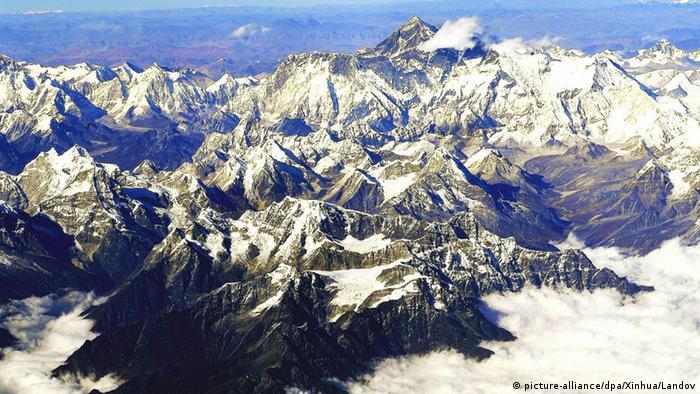 Terremoto no Nepal deslocou Monte Everest