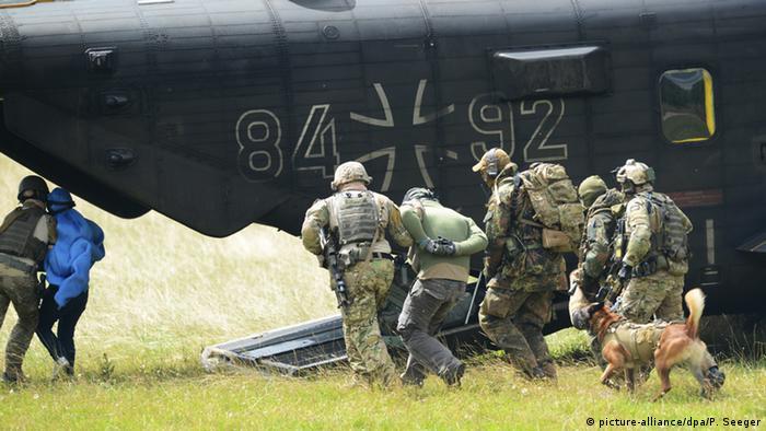 Deutschland Bundeswehr KSK Kommando Spezialkräfte (picture-alliance/dpa/P. Seeger)