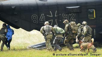 Άσκηση στρατιωτών του KSK στην έδρα του σώματος στο Calw