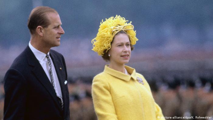 Елизавета Вторая и принц Филипп в Германии