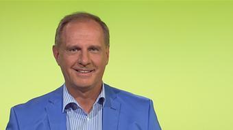 El doctor Bernd Kleine-Gunk es ginecólogo y presidente de la Sociedad Alemana de Prevención y Medicina Antienvejecimiento (GSAAM). Dirige una clínica ginecológica en Fürth, en el sur de Alemania.