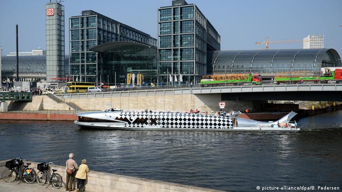 Spree am Hauptbahnhof in Berlin