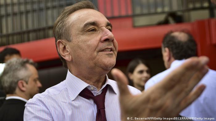 Venezuela Brasilianische Delegation von Senatoren zu Besuch (C, Becerra/AFP/Getty ImagesBECERRA/AFP/Getty Images)