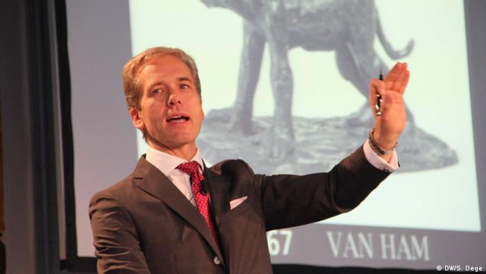 Achenbach-Insolvenzauktion Auktionator Markus Eisenbeis (Foto: DW)