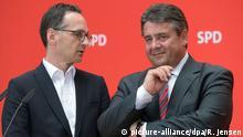 Berlin Parteikonvent der SPD Sigmar Gabriel und Heiko Maas