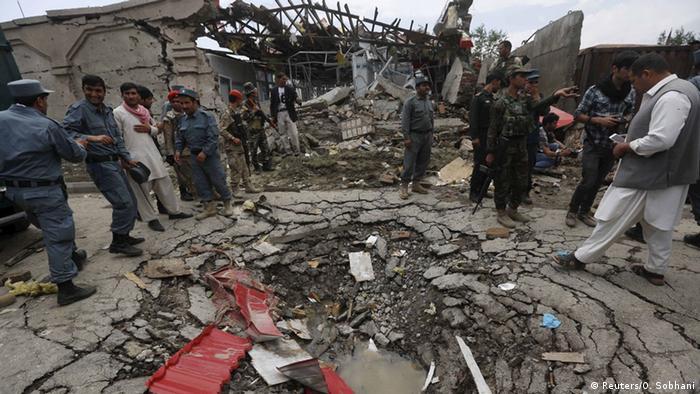 Afghanistan Explosionen und Schüsse am Parlament in Kabul (Foto: Reuters)
