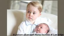 Großbritannien Prince George und Princess Charlotte in Anmer