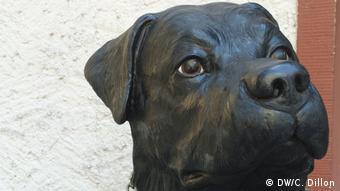 Statue of a Rottweiler dog