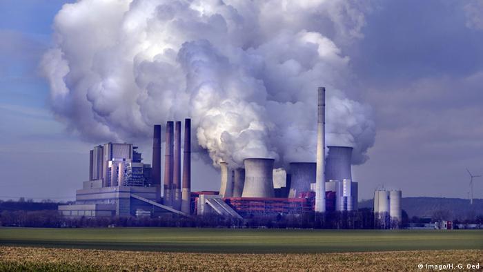 Deutschland Kohlekraftwerk Neurath