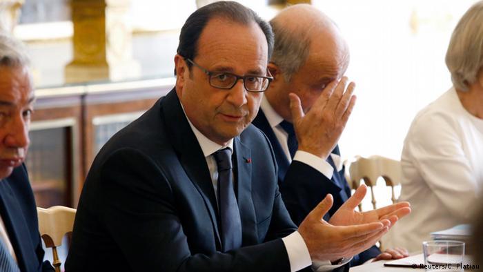 Frankreich Hollande bespricht die NSA Spähaffäre mit seinen Ministern