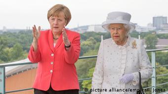 Angela Merkel and Queen Elizabeth