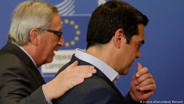Symbolbild EU Griechenland Tsipras mit Juncker Verhandlungen