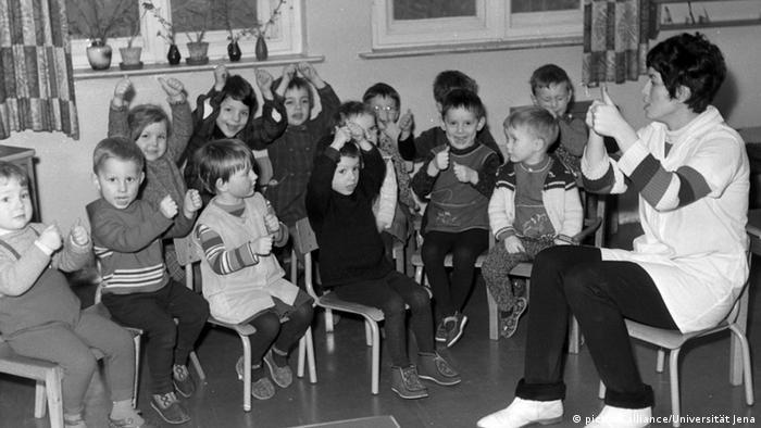 DDR Jena Kindergarten 1968