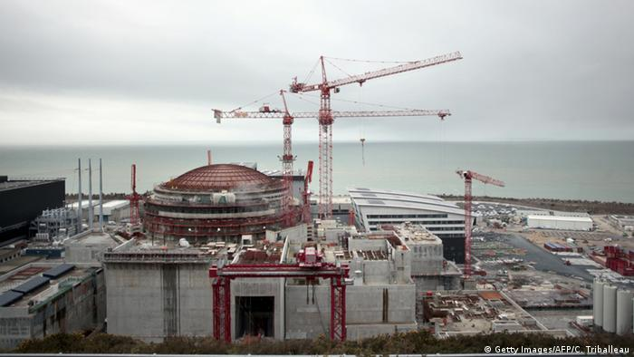Frankreich Kernkraftwerk Flamanville Baustelle (Getty Images / AFP / C. Triballeau)