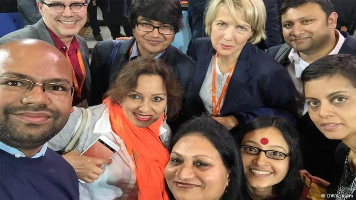 DW team takes selfie with The Bobs recipient Rafida Ahmed at GMF