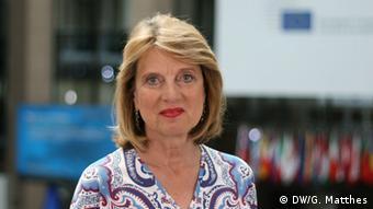 DW correspondent Barbara Wesel