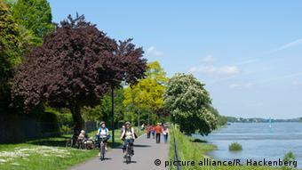 Ποδηλατόδρομος στις όχθες του Ρήνου
