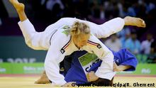 epa04820574 Martyna Trajdos (white) of Germany and Tina Trstenjak (blue) of Slovenia compete in the women's -63kg Final of the Judo competitions at the Baku 2015 European Games in Baku, Azerbaijan, 26 June 2015. Trajdos won the gold medal. EPA/ROBERT GHEMENT +++(c) dpa - Bildfunk+++