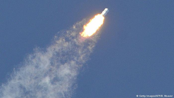 Raumfrachter explodiert nach Start (Bild: AFP/Getty Images)