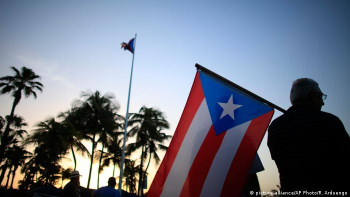 Puerto Rico Staatspleite Symbolbild (picture-alliance/AP Photo/R. Arduengo)